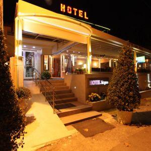 Lego Hotel Pieria