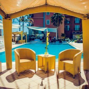 Hotel Yachting Palace sau similar