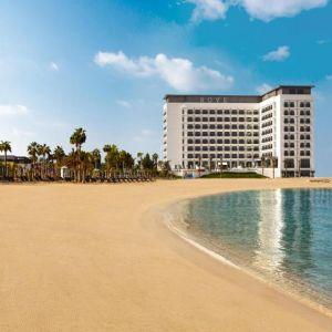 Hotel Rove Le Mer Beach