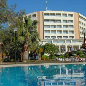 Hotel Batihan Beach Resort and Spa